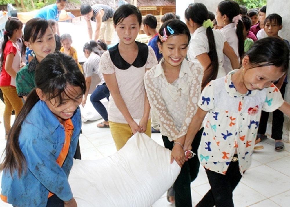 Sở Giáo dục và Đào tạo, hỗ trợ, gần 290 tấn gạo, học sinh, dân tộc
