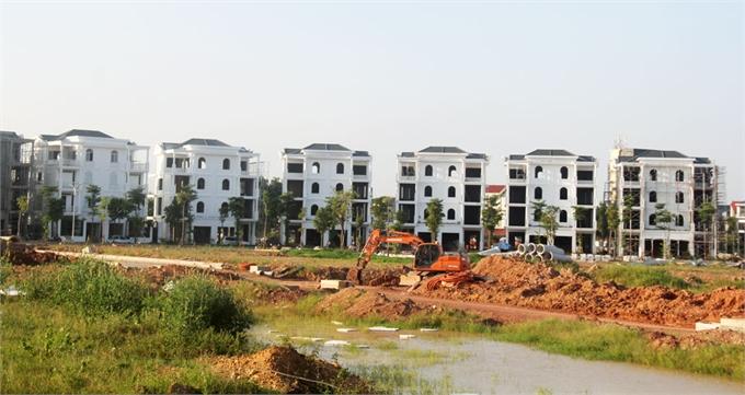 """Tiếp tục đầu tư cho vùng """"lõi"""", phát triển hạ tầng kỹ thuật ngoại thành"""