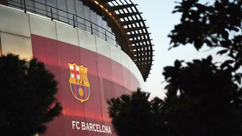Barca, 470 triệu đôla, đổi tên, sân vận động